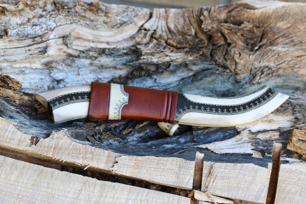 JSC Knife #309(a) - Two-tone Buffalo