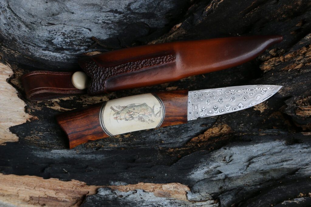 JSC Knife #373(b) - The Small Trophies
